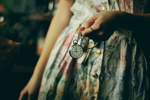 clock-girl-time-watch-Favim.com-128568